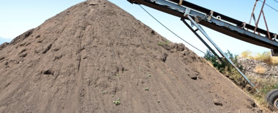 Should You Reconsider Your Choice in Topsoil?